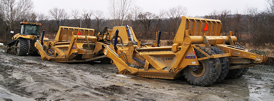 K-Tec 1233 Train Scraper Model in Midwestern America Topsoil